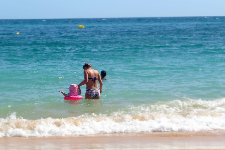 zoggs swim ring in the sea