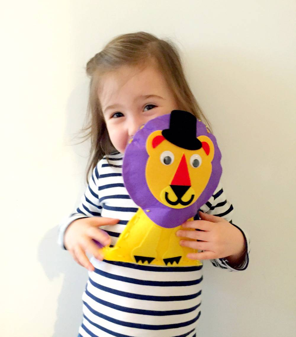 ava and her lion