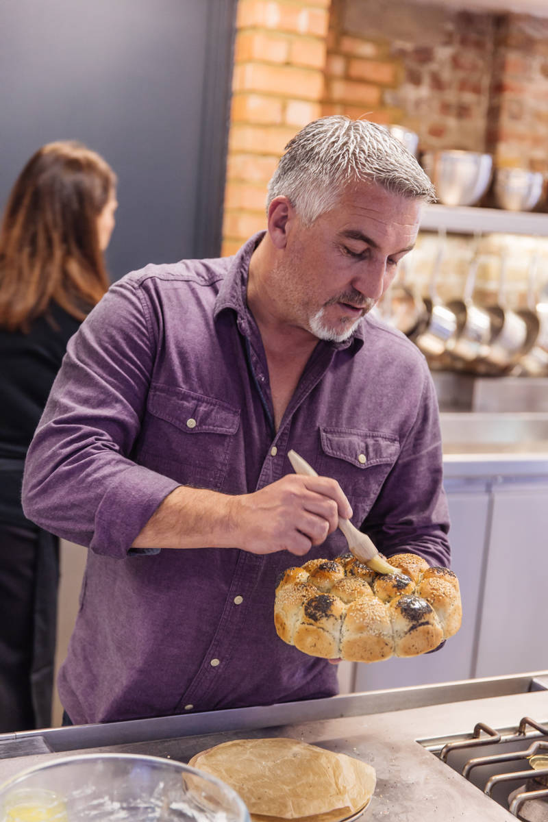 baking with paul hollywood