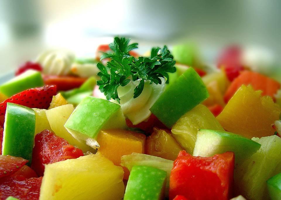 salad-677913_960_720