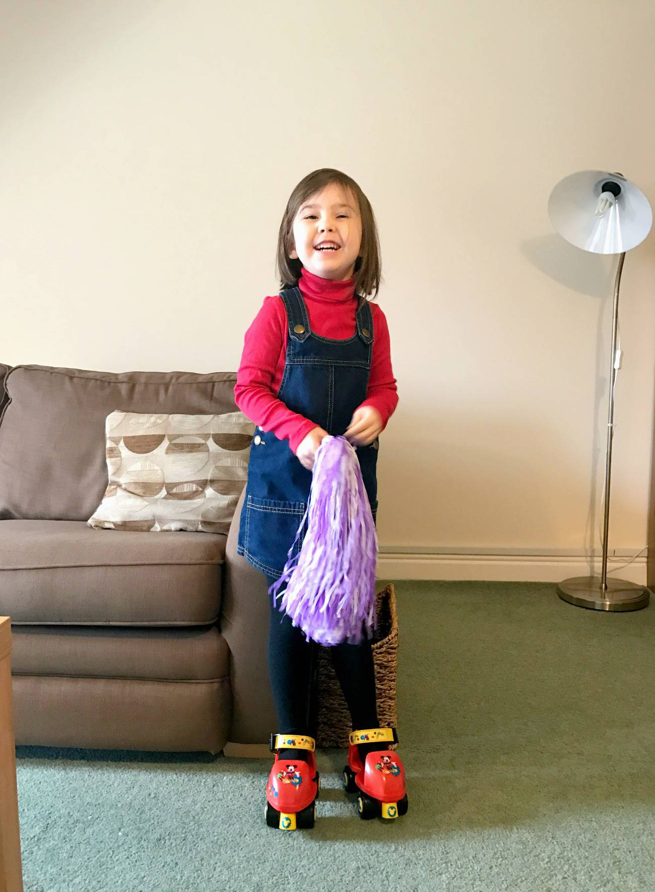 New Roller Skates! | Little Loves