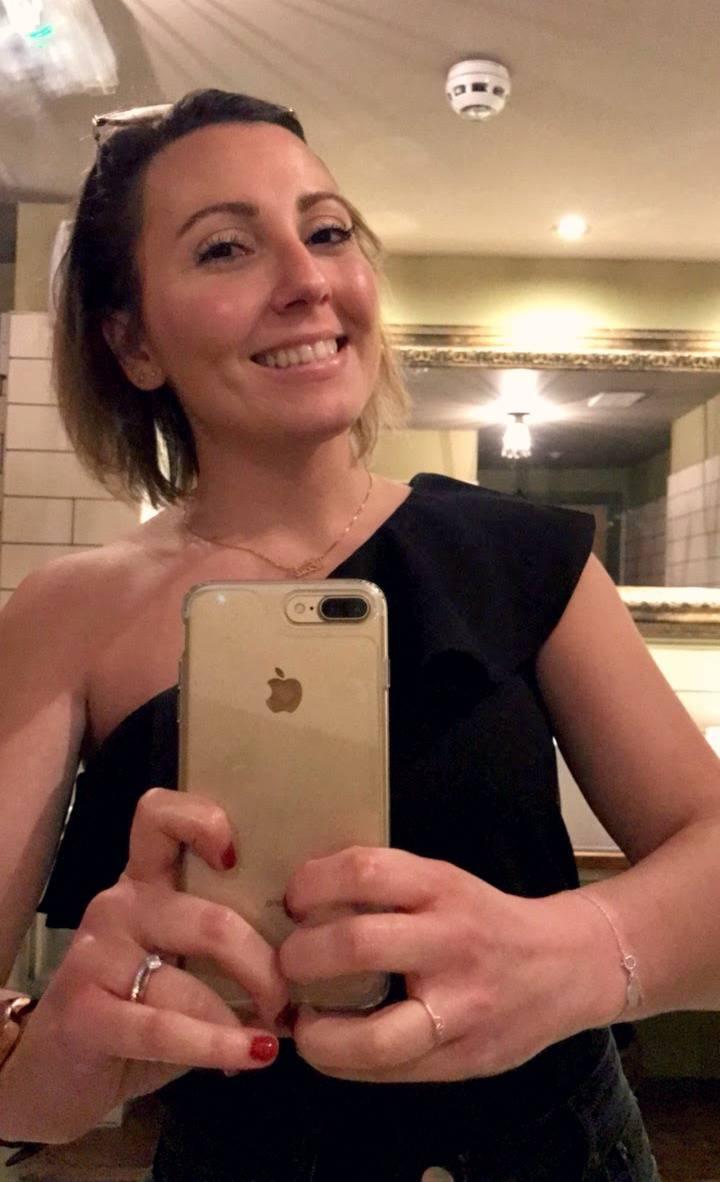 Bahtroom Selfie   Little Loves