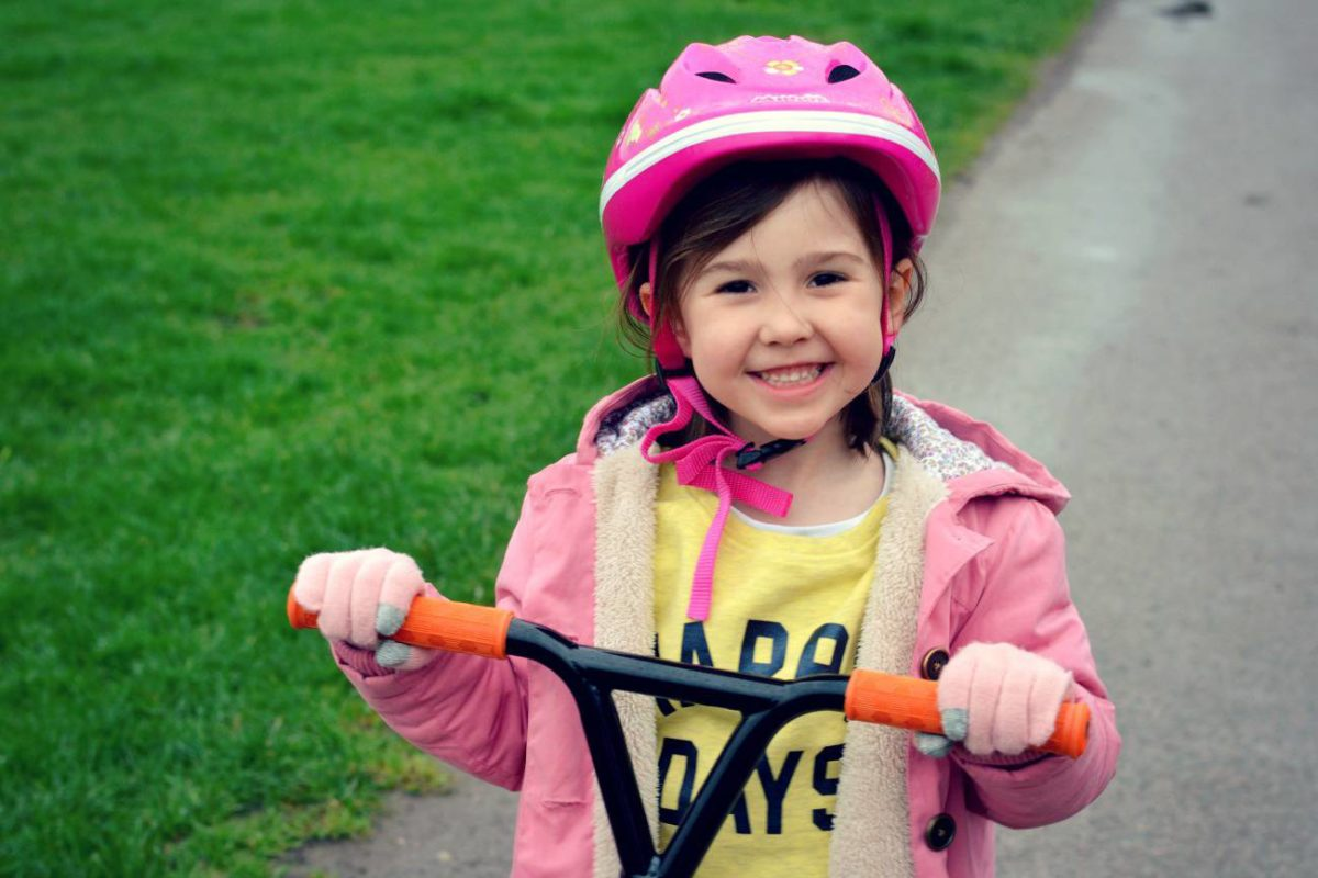 5 Ways I'm Weaning My Daughter Off Her Tablet