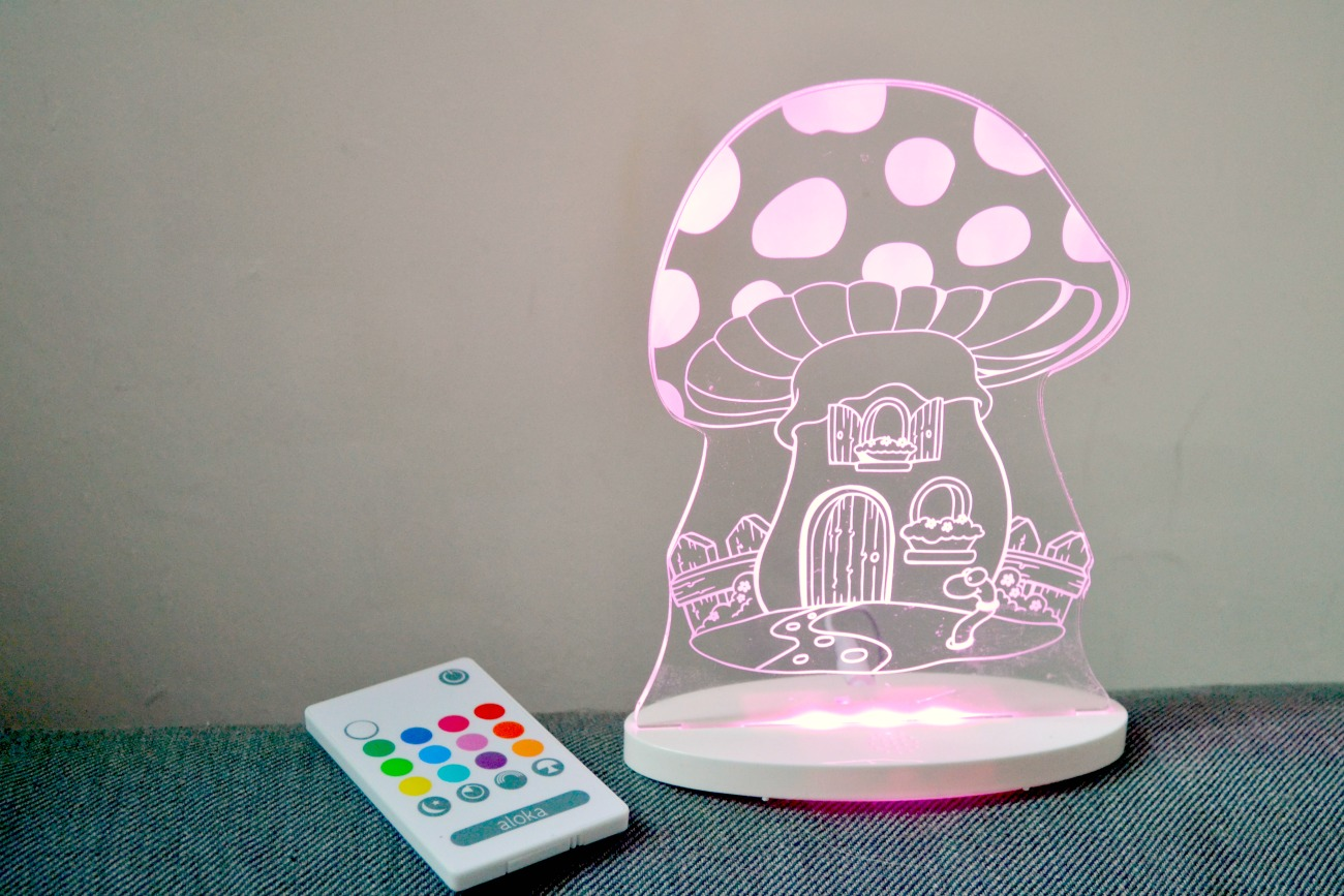 We reviewed the Aloka Night Lights from Kiddies Kingdom to see if they could help with our daughter's bedtime routine that we were struggling with.